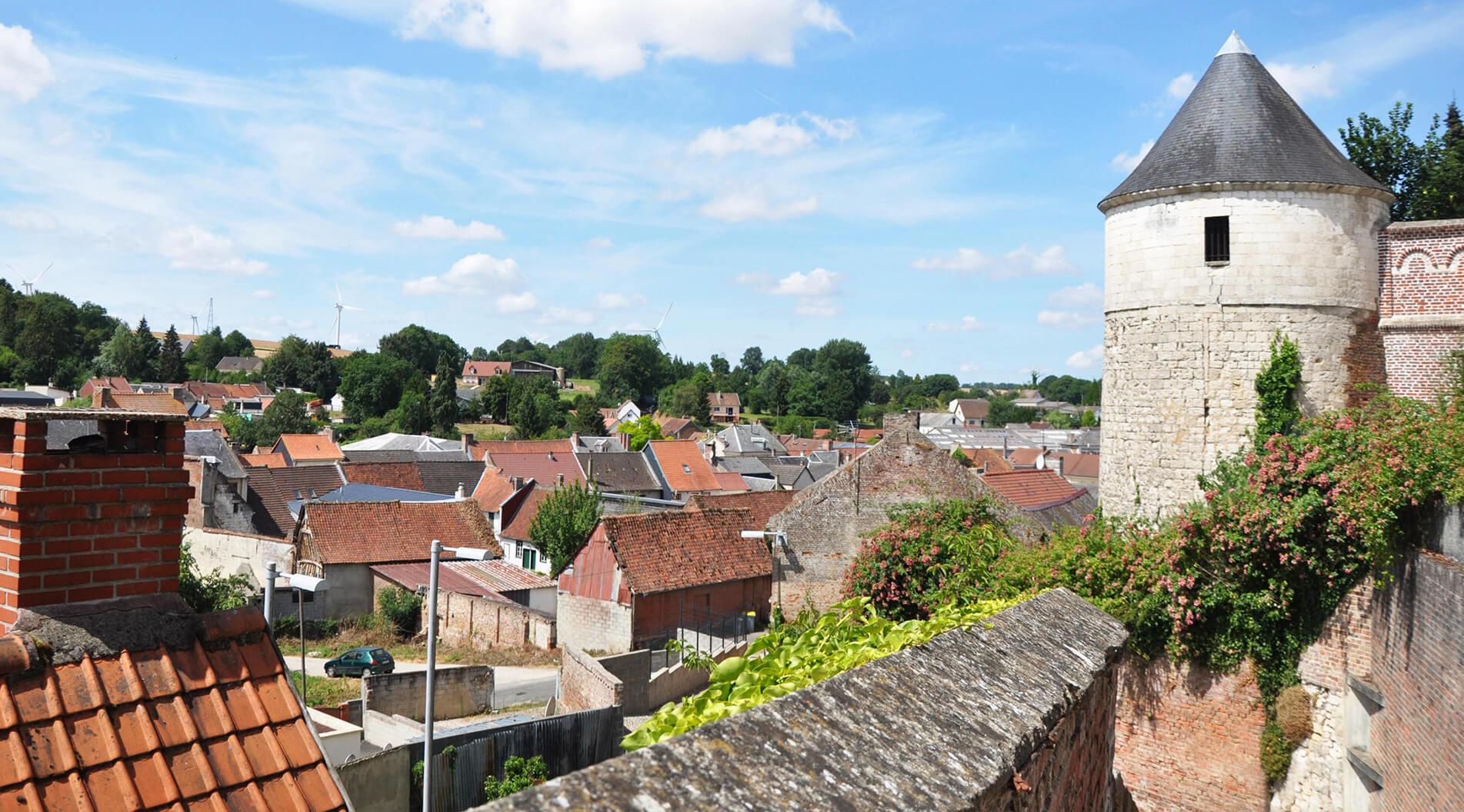 Bandeau village